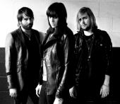 Photo Band Of Skulls